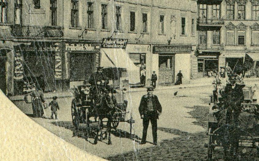 Zabrze O.-S. Przy dworcu. Pocztówka. Hindenburg Bahnhofplatz plac dworcowy