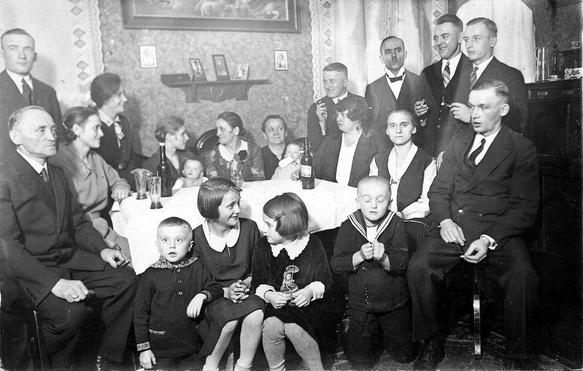 Borsigwerk. 1929. Familie Weirauch.  Hindenburg
